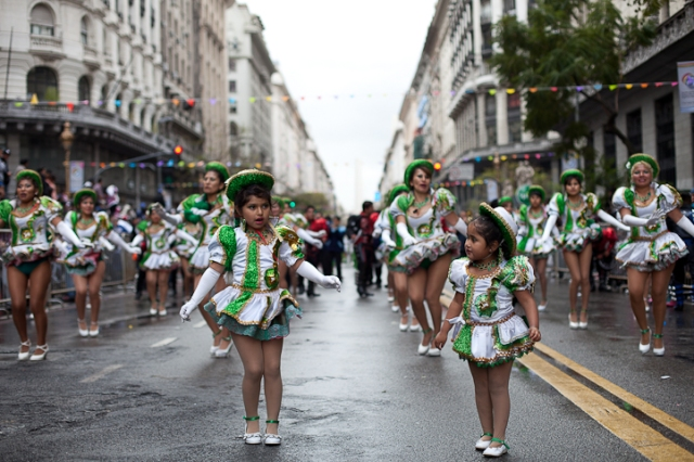 Fotos del Desfile por la Integracion Cultural de Bolivia y Argentina, 2015 01