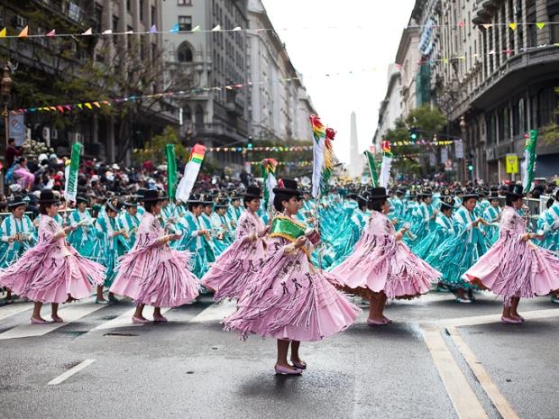 Fotos del Desfile por la Integracion Cultural de Bolivia y Argentina, 2015 04