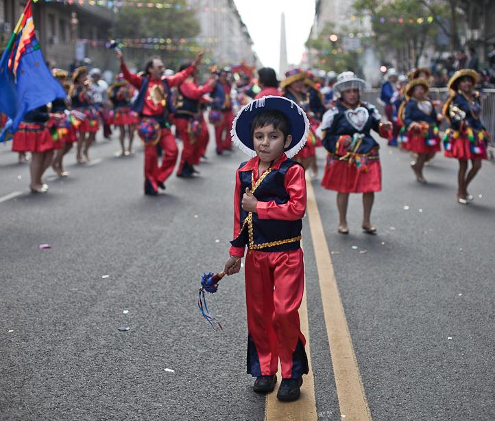 Fotos del Desfile por la Integracion Cultural de Bolivia y Argentina, 2015 06