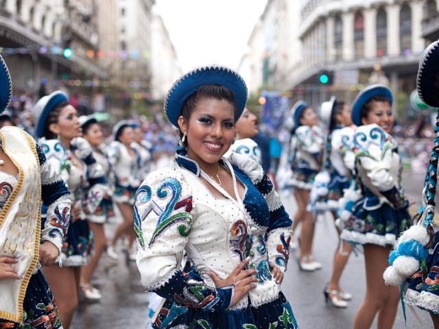 Fotos del Desfile por la Integracion Cultural de Bolivia y Argentina, 2015 07